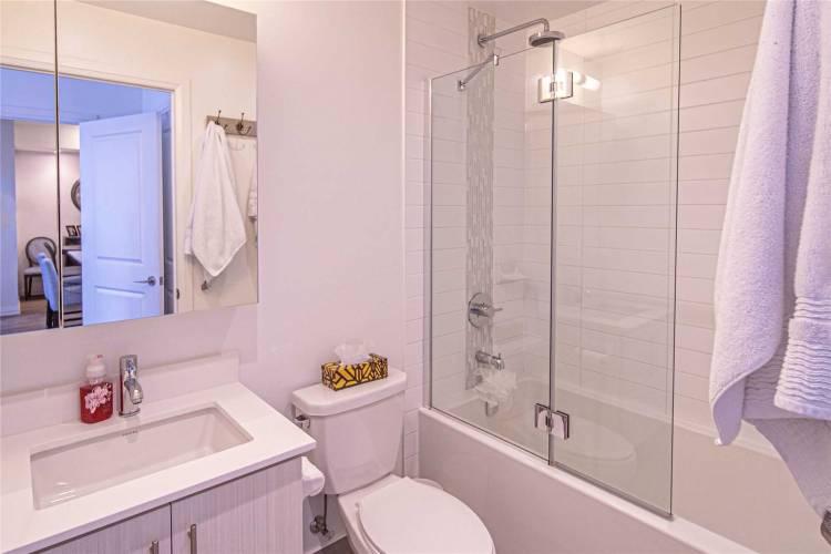65 Oneida Cres- Richmond Hill- Ontario L4B0G9, 2 Bedrooms Bedrooms, 6 Rooms Rooms,2 BathroomsBathrooms,Condo Apt,Sale,Oneida,N4809044