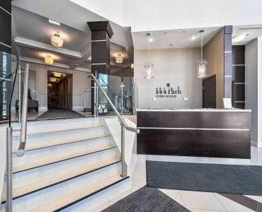 144 Park St, Waterloo, Ontario N2L0B6, 2 Bedrooms Bedrooms, 6 Rooms Rooms,2 BathroomsBathrooms,Condo Apt,Sale,Park,X4772149