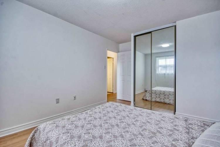 50 Scarborough Golf Clu Rd, Toronto, Ontario M1M 3T5, 3 Bedrooms Bedrooms, 6 Rooms Rooms,2 BathroomsBathrooms,Condo Townhouse,Sale,Scarborough Golf Clu,E4809451