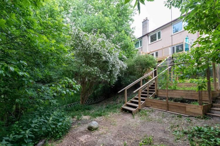 122 Celeste Dr- Toronto- Ontario M1E2V1, 3 Bedrooms Bedrooms, 6 Rooms Rooms,2 BathroomsBathrooms,Semi-detached,Sale,Celeste,E4809641