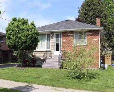 242 Maplegrove Ave- Bradford West Gwillimbury- Ontario L3Z1V5, 2 Bedrooms Bedrooms, 6 Rooms Rooms,2 BathroomsBathrooms,Detached,Sale,Maplegrove,N4736789