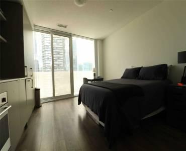 100 Harbour St, Toronto, Ontario M5J0B5, 3 Rooms Rooms,1 BathroomBathrooms,Condo Apt,Sale,Harbour,C4809635
