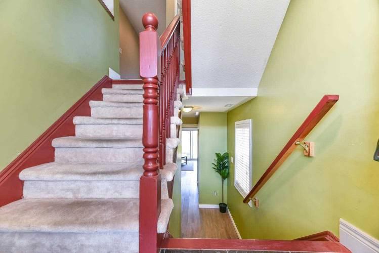 105 Dunlop Crt, Brampton, Ontario L6X5A6, 3 Bedrooms Bedrooms, 6 Rooms Rooms,3 BathroomsBathrooms,Att/row/twnhouse,Sale,Dunlop,W4809794