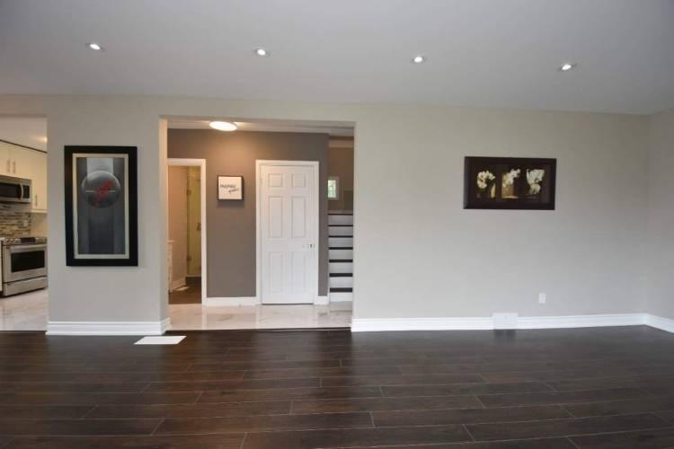 7 Elizabeth Crt- Hamilton- Ontario L8S2P5, 5 Bedrooms Bedrooms, 3 Rooms Rooms,3 BathroomsBathrooms,Detached,Sale,Elizabeth,X4809707
