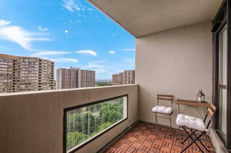 225 Bamburgh Circ- Toronto- Ontario M1W3X9, 1 Bedroom Bedrooms, 5 Rooms Rooms,1 BathroomBathrooms,Condo Apt,Sale,Bamburgh,E4809568