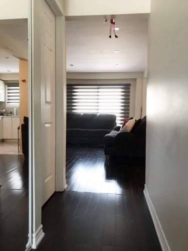 132 Ashton Cres, Brampton, Ontario L6S3J9, 3 Bedrooms Bedrooms, 6 Rooms Rooms,2 BathroomsBathrooms,Condo Townhouse,Sale,Ashton,W4809652