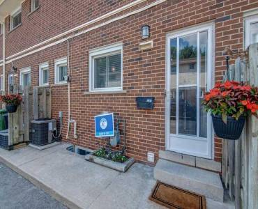 1281 Fennell Ave- Hamilton- Ontario L8T 1T3, 3 Bedrooms Bedrooms, 5 Rooms Rooms,2 BathroomsBathrooms,Condo Townhouse,Sale,Fennell,X4809769
