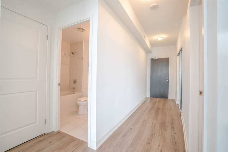 195 Bonis Ave- Toronto- Ontario M1T 3W6, 1 Bedroom Bedrooms, 5 Rooms Rooms,1 BathroomBathrooms,Condo Apt,Sale,Bonis,E4787587