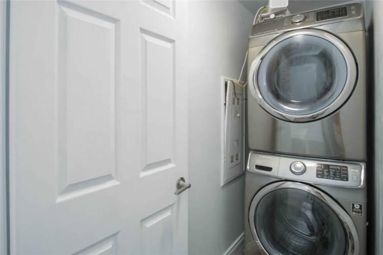 106 Bard Blvd, Guelph, Ontario N1L 0L8, 2 Bedrooms Bedrooms, 7 Rooms Rooms,2 BathroomsBathrooms,Condo Apt,Sale,Bard,X4766083