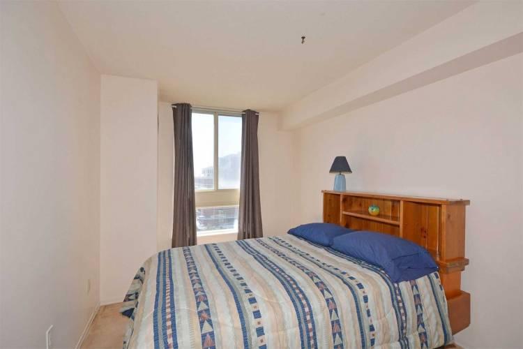 3233 Eglinton Ave- Toronto- Ontario M1J3N6, 2 Bedrooms Bedrooms, 7 Rooms Rooms,2 BathroomsBathrooms,Condo Apt,Sale,Eglinton,E4784118