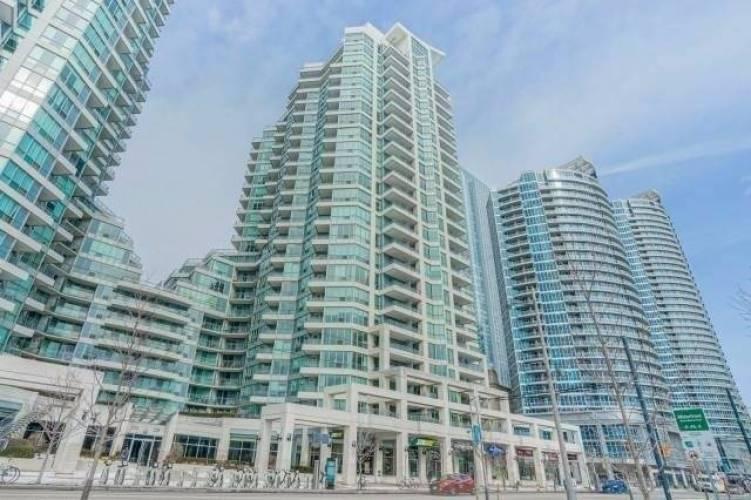 228 Queens Quay, Toronto, Ontario M5J2X1, 1 Bedroom Bedrooms, 4 Rooms Rooms,1 BathroomBathrooms,Condo Apt,Sale,Queens,C4809974