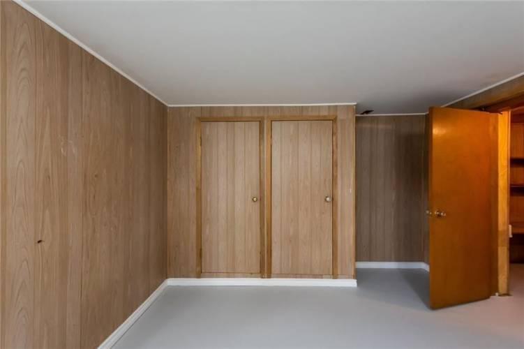 43 Monarch Park Dr- St. Catharines- Ontario L2M 3K8, 3 Bedrooms Bedrooms, 2 Rooms Rooms,2 BathroomsBathrooms,Detached,Sale,Monarch Park,X4776612