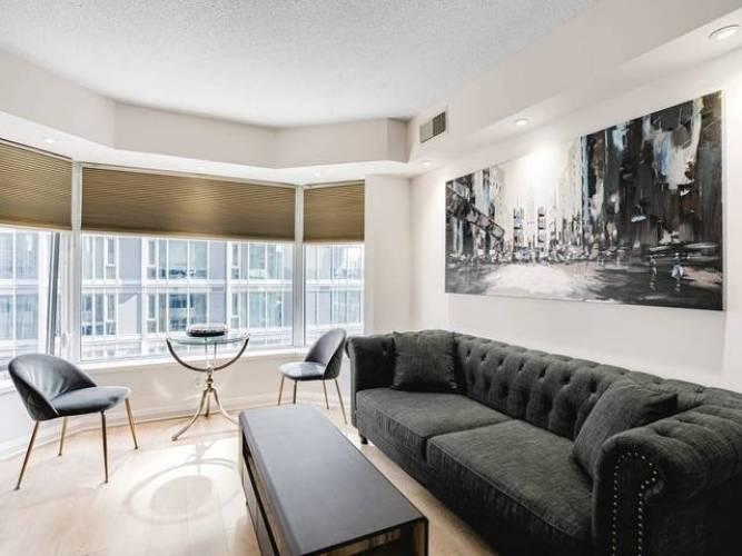 155 Yorkville Ave, Toronto, Ontario M5R1C4, 1 Bedroom Bedrooms, 4 Rooms Rooms,1 BathroomBathrooms,Condo Apt,Sale,Yorkville,C4810431