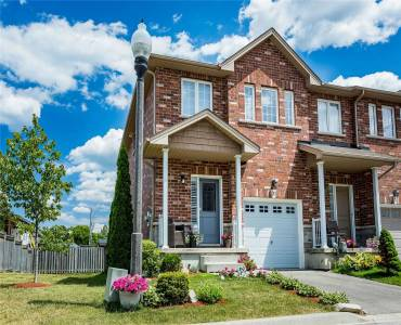 45 Seabreeze Cres, Hamilton, Ontario L8E0G1, 3 Bedrooms Bedrooms, 5 Rooms Rooms,3 BathroomsBathrooms,Att/row/twnhouse,Sale,Seabreeze,X4810600