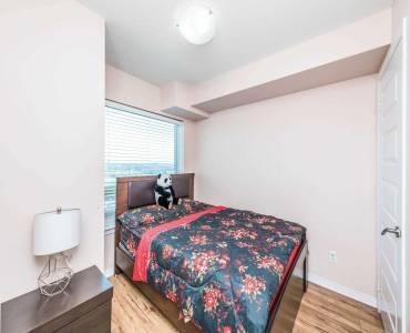 215 Queen St, Brampton, Ontario L6Y1M6, 2 Bedrooms Bedrooms, 5 Rooms Rooms,2 BathroomsBathrooms,Condo Apt,Sale,Queen,W4810231