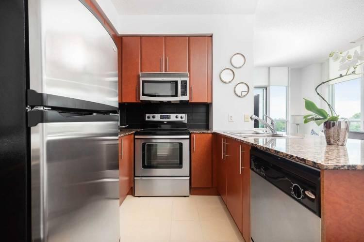3515 Kariya Dr- Mississauga- Ontario L5B0C1, 1 Bedroom Bedrooms, 6 Rooms Rooms,1 BathroomBathrooms,Condo Apt,Sale,Kariya,W4810434