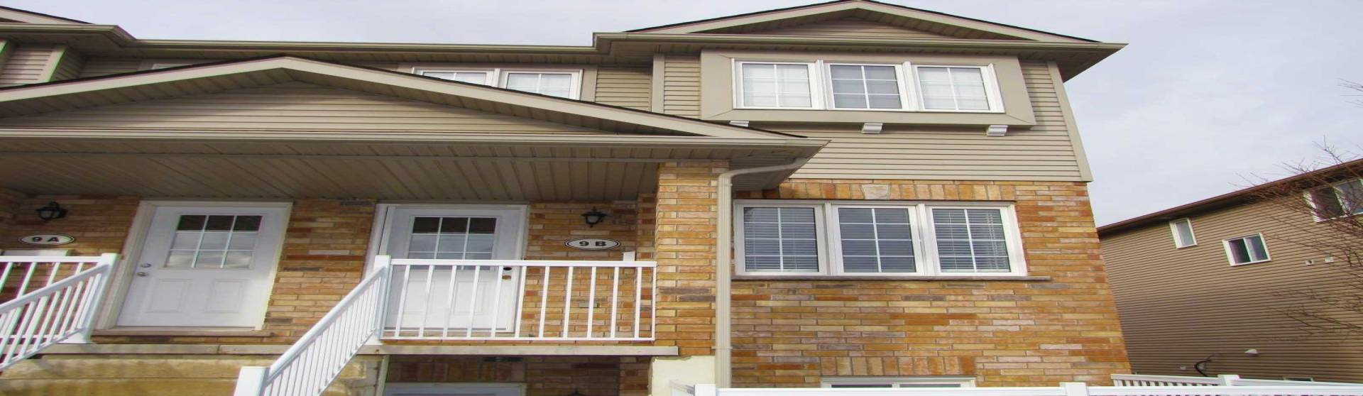 50 Howe Dr, Kitchener, Ontario N2E0A3, 3 Bedrooms Bedrooms, 8 Rooms Rooms,2 BathroomsBathrooms,Condo Townhouse,Lease,Howe,X4775667