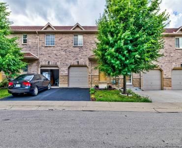 39 Pinewoods Dr- Hamilton- Ontario L8J 3Z4, 3 Bedrooms Bedrooms, 5 Rooms Rooms,2 BathroomsBathrooms,Condo Townhouse,Sale,Pinewoods,X4810286