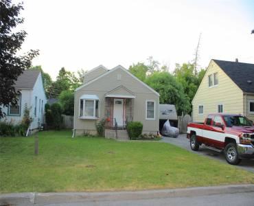 8 Cedar St- Ajax- Ontario L1S1V1, 3 Bedrooms Bedrooms, 6 Rooms Rooms,1 BathroomBathrooms,Detached,Sale,Cedar,E4811455