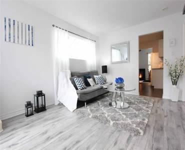 15 Hardwood Dr, Georgina, Ontario L0E 1L0, 2 Bedrooms Bedrooms, 7 Rooms Rooms,1 BathroomBathrooms,Detached,Sale,Hardwood,N4810799