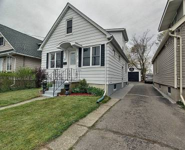 91 Page St, St. Catharines, Ontario L2R4A8, 3 Bedrooms Bedrooms, 6 Rooms Rooms,2 BathroomsBathrooms,Detached,Sale,Page,X4752799
