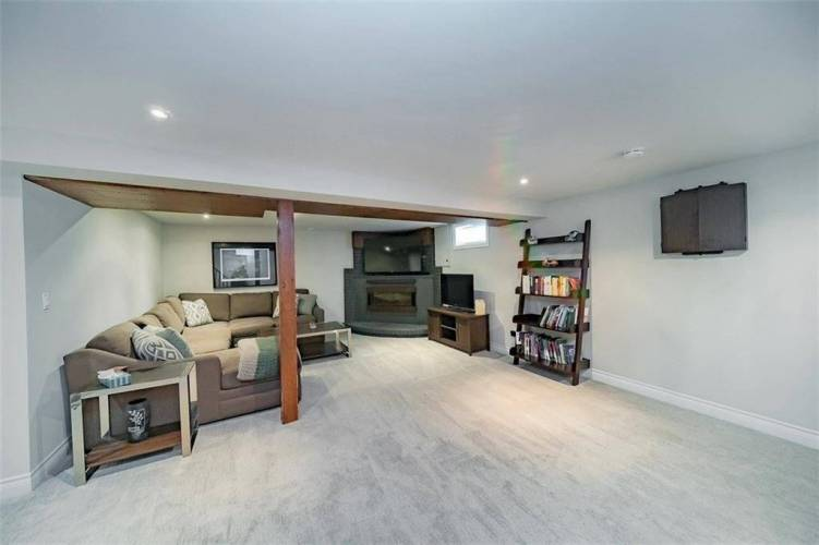 26 Buchanan Rd- St. Catharines- Ontario L2M 4R6, 3 Bedrooms Bedrooms, 8 Rooms Rooms,2 BathroomsBathrooms,Detached,Sale,Buchanan,X4810962