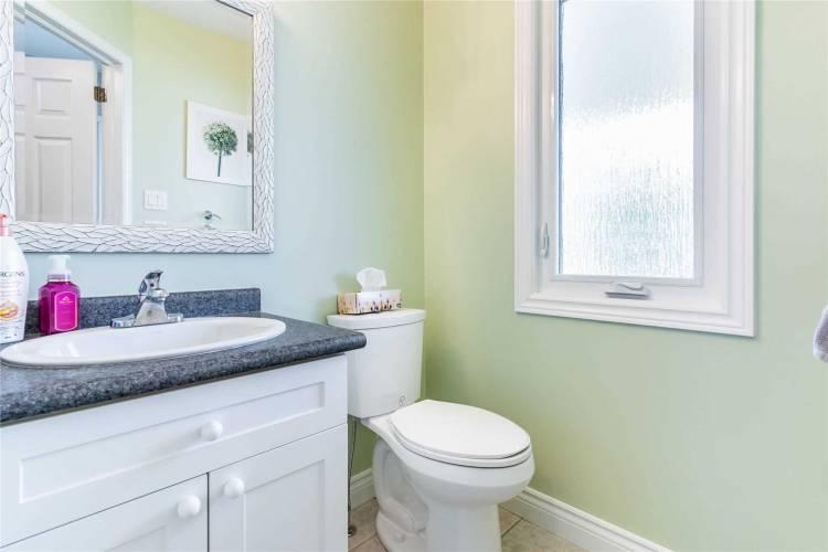 4 Sandcreek Lane- Guelph- Ontario N1E 7K7, 3 Bedrooms Bedrooms, 5 Rooms Rooms,3 BathroomsBathrooms,Semi-detached,Sale,Sandcreek,X4811141
