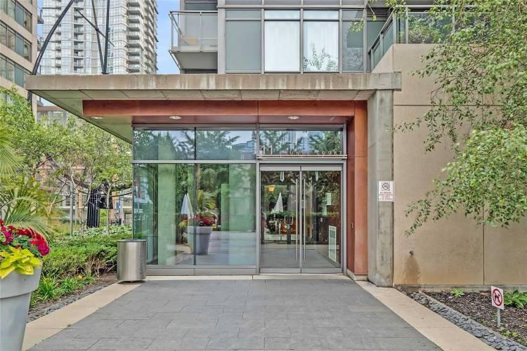 11 Brunel Crt- Toronto- Ontario M5V3Y3, 1 Bedroom Bedrooms, 5 Rooms Rooms,1 BathroomBathrooms,Condo Apt,Sale,Brunel,C4810735