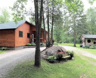 10 Cedar Nook Rd- Kawartha Lakes- Ontario K0M 1K0, 3 Bedrooms Bedrooms, 2 Rooms Rooms,2 BathroomsBathrooms,Detached,Sale,Cedar Nook,X4811223