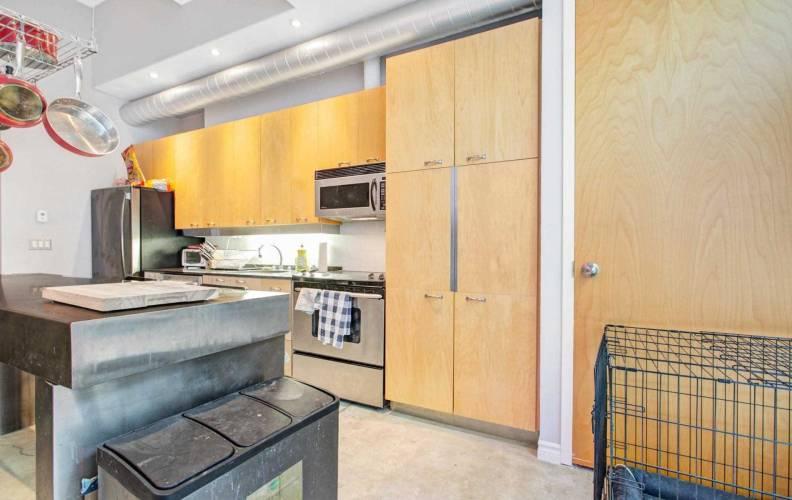 135 Dalhousie St- Toronto- Ontario M5B2S1, 1 Bedroom Bedrooms, 4 Rooms Rooms,1 BathroomBathrooms,Condo Apt,Sale,Dalhousie,C4810909
