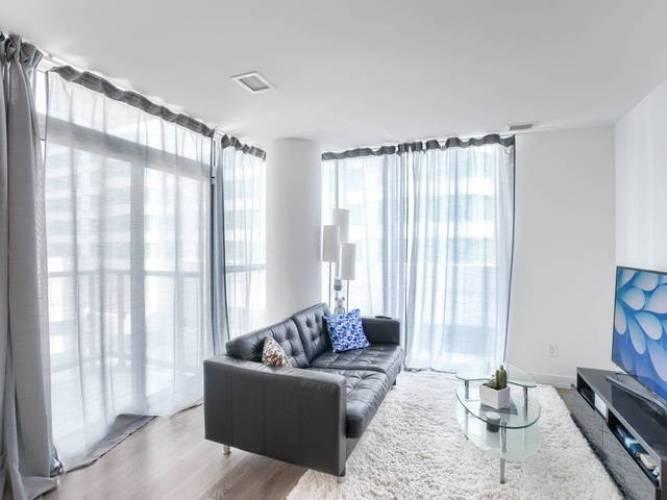 87 Peter St- Toronto- Ontario M5V2G4, 1 Bedroom Bedrooms, 4 Rooms Rooms,1 BathroomBathrooms,Condo Apt,Sale,Peter,C4811002