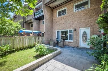 66 Scarborough Golf Clu Rd, Toronto, Ontario M1M3C5, 3 Bedrooms Bedrooms, 6 Rooms Rooms,2 BathroomsBathrooms,Condo Townhouse,Sale,Scarborough Golf Clu,E4810888