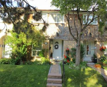 1 Wooten Way- Markham- Ontario L3P 3H7, 3 Bedrooms Bedrooms, 7 Rooms Rooms,3 BathroomsBathrooms,Condo Townhouse,Sale,Wooten,N4810904