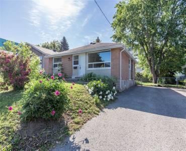 73 Queen St- Barrie- Ontario L4M 172, 3 Bedrooms Bedrooms, 6 Rooms Rooms,1 BathroomBathrooms,Detached,Sale,Queen,S4811937