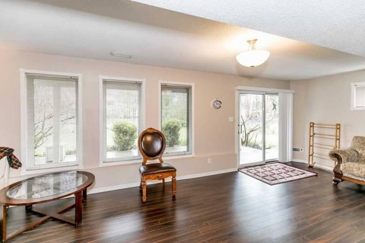 102 Fernbrook Dr, Wasaga Beach, Ontario L9Z1G6, 2 Bedrooms Bedrooms, 5 Rooms Rooms,3 BathroomsBathrooms,Detached,Sale,Fernbrook,S4811944