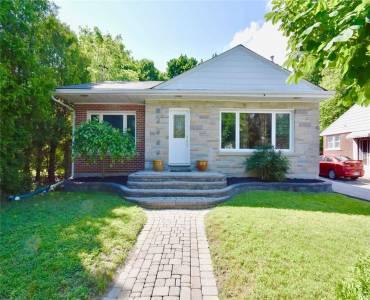 227 Wellington St, Barrie, Ontario L4M2C9, 2 Bedrooms Bedrooms, 8 Rooms Rooms,2 BathroomsBathrooms,Detached,Sale,Wellington,S4812067
