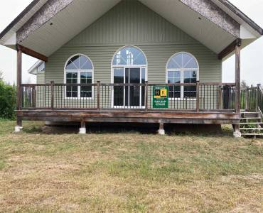 977 Spring Hill Rd- Burk's Falls- Ontario P0A1C0, 3 Bedrooms Bedrooms, 5 Rooms Rooms,1 BathroomBathrooms,Detached,Sale,Spring Hill,X4811929