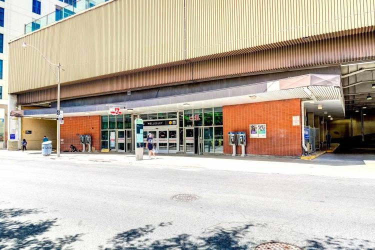 50 Wellesley St, Toronto, Ontario M4Y1G2, 1 Bedroom Bedrooms, 5 Rooms Rooms,1 BathroomBathrooms,Condo Apt,Sale,Wellesley,C4811795