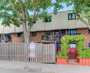 1100 Oxford St- Oshawa- Ontario L1J6G4, 3 Bedrooms Bedrooms, 8 Rooms Rooms,1 BathroomBathrooms,Condo Townhouse,Sale,Oxford,E4812063