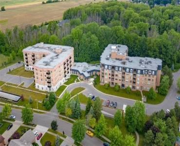 8111 Forest Glen Dr, Niagara Falls, Ontario L2H 2Y7, 2 Bedrooms Bedrooms, 10 Rooms Rooms,2 BathroomsBathrooms,Condo Apt,Sale,Forest Glen,X4811831