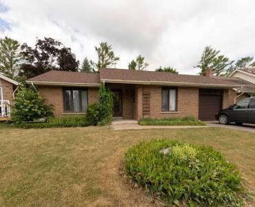 40 Meadowlands Dr, Brock, Ontario L0E1E0, 2 Bedrooms Bedrooms, 6 Rooms Rooms,1 BathroomBathrooms,Detached,Sale,Meadowlands,N4812214