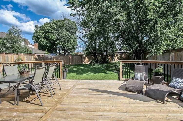 355 Hickling Tr- Barrie- Ontario L4M6A4, 2 Bedrooms Bedrooms, 9 Rooms Rooms,4 BathroomsBathrooms,Detached,Sale,Hickling,S4812356