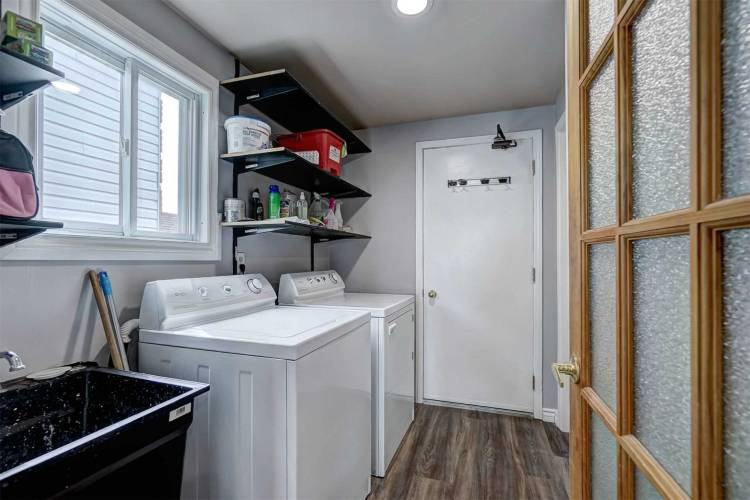 59 Browning Tr, Barrie, Ontario L4N5A5, 3 Bedrooms Bedrooms, 6 Rooms Rooms,3 BathroomsBathrooms,Duplex,Sale,Browning,S4735593