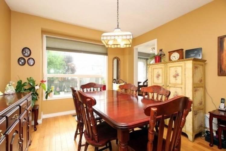 1065 Summitview Cres- Oshawa- Ontario L1K2K5, 3 Bedrooms Bedrooms, 6 Rooms Rooms,2 BathroomsBathrooms,Detached,Sale,Summitview,E4772745