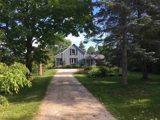 465042 Concession 12A, Grey Highlands, Ontario N0C 1H0, 2 Bedrooms Bedrooms, 9 Rooms Rooms,2 BathroomsBathrooms,Detached,Sale,Concession 12A,X4812156