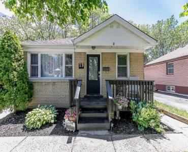 19 Agnes St, Barrie, Ontario L4M2S3, 3 Bedrooms Bedrooms, 5 Rooms Rooms,2 BathroomsBathrooms,Detached,Sale,Agnes,S4794325