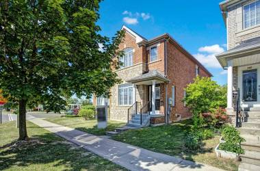 104 Forest Run Blvd- Vaughan- Ontario L4K5H2, 3 Bedrooms Bedrooms, 6 Rooms Rooms,4 BathroomsBathrooms,Semi-detached,Sale,Forest Run,N4812649