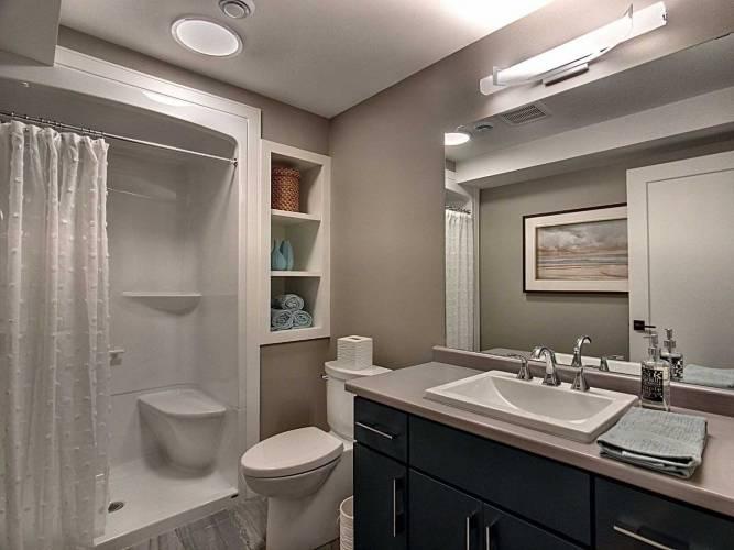 120 Carrick Tr, Welland, Ontario L3B0E8, 2 Bedrooms Bedrooms, 5 Rooms Rooms,2 BathroomsBathrooms,Att/row/twnhouse,Sale,Carrick,X4767544
