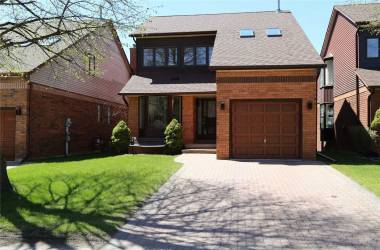 70 Riverview Rd, New Tecumseth, Ontario L9R 1R8, 2 Bedrooms Bedrooms, 8 Rooms Rooms,3 BathroomsBathrooms,Det Condo,Sale,Riverview,N4658052