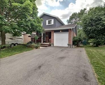 Kitchener- Ontario, 3 Bedrooms Bedrooms, 9 Rooms Rooms,2 BathroomsBathrooms,Detached,Sale,X4812728